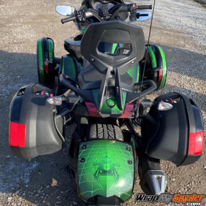 Lantern-Web-Multi-piece-Can-am-Spyder-wrap-kit-mounted-on-Spyder-ST