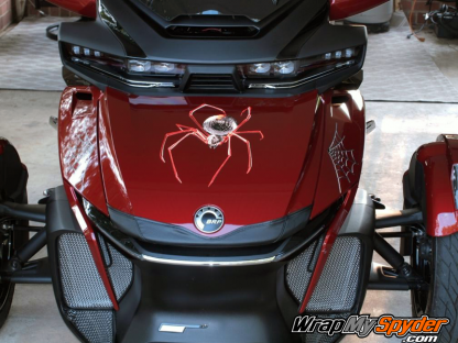 Black-Widow-Crawler-Red-mounted-on-2020-BRP-Canam-Spyder-RT