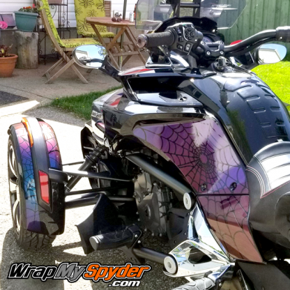 Spyder-F3-Reverse-Webs-knee Panel and New Style fenders