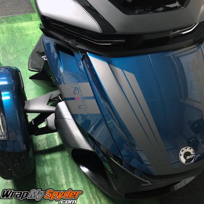 020-+-BRP-Can-am-Spyder-RT--Hash-Mark-fender-stripe-and-Tri-Wing-Frunk-stripe-Charcoal-Metallic