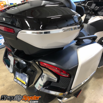 2020+-BRP-Can-am-Spyder-RT-Limited--Top-Case-Chrome-Side-Bar-and-Tail-light
