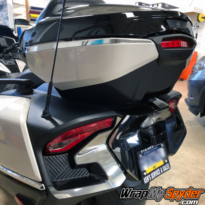 2020+-BRP-Spyder-Top-Case-Chrome-Side-Bar-&-tail-Light