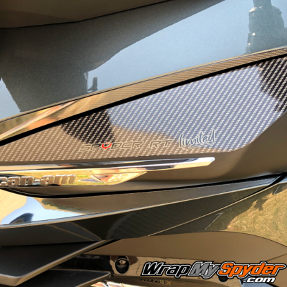 2020+Can-am-Spyder-RT-Switch-Panel-Gloss-Carbon-fiber-with-Spyder-RT-Limited-text