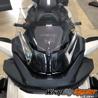 2020-Spyder-RT-Windshield-Plate-logo-Spyder-RT-Limited