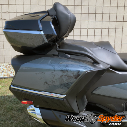 2020+-Spyder-RT-Ghost-flames-on-side-saddlebags