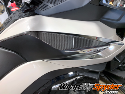 2020-21-RT-RT-Limited-BRP-Can-am-Spyder-3D-Domed-Knee-Panels-real-carbon-fiber-with-Chrome-Boomerang-insert-kit