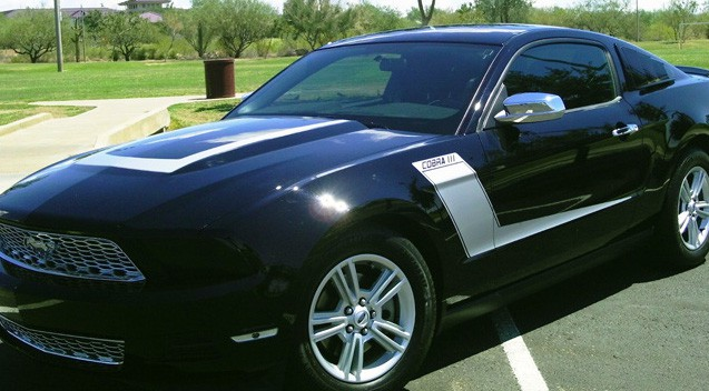 2013 Ford Mustang Racing Stripe