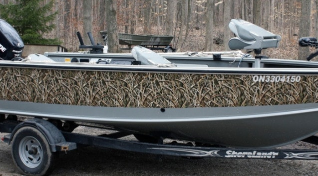 Mossy Oak Shadow Grass Boat Wrap